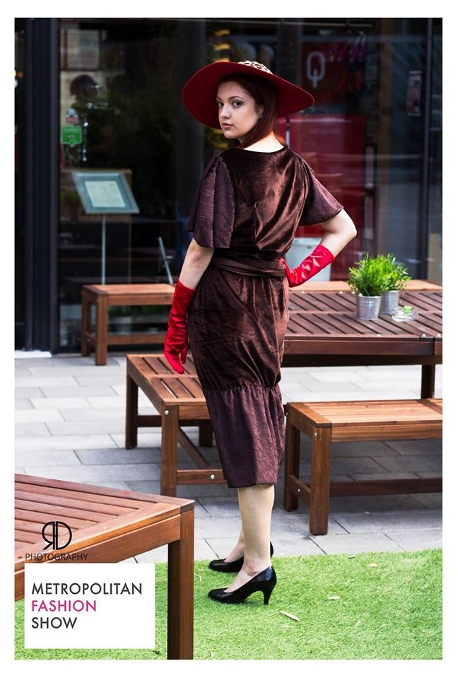 Brown velvet dress with sush belt and red brim hat