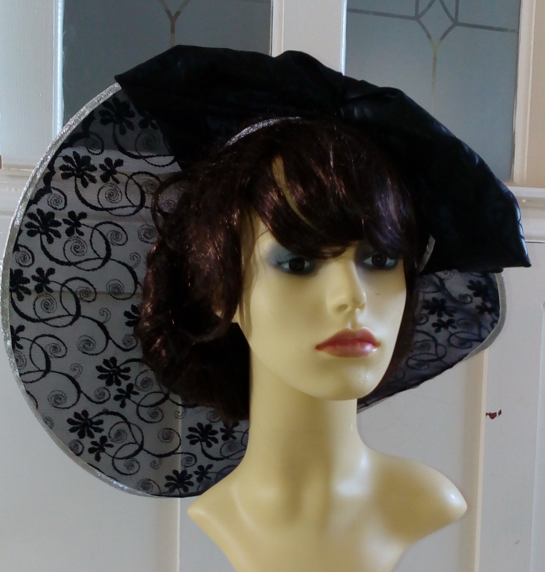 Black lace visor 1